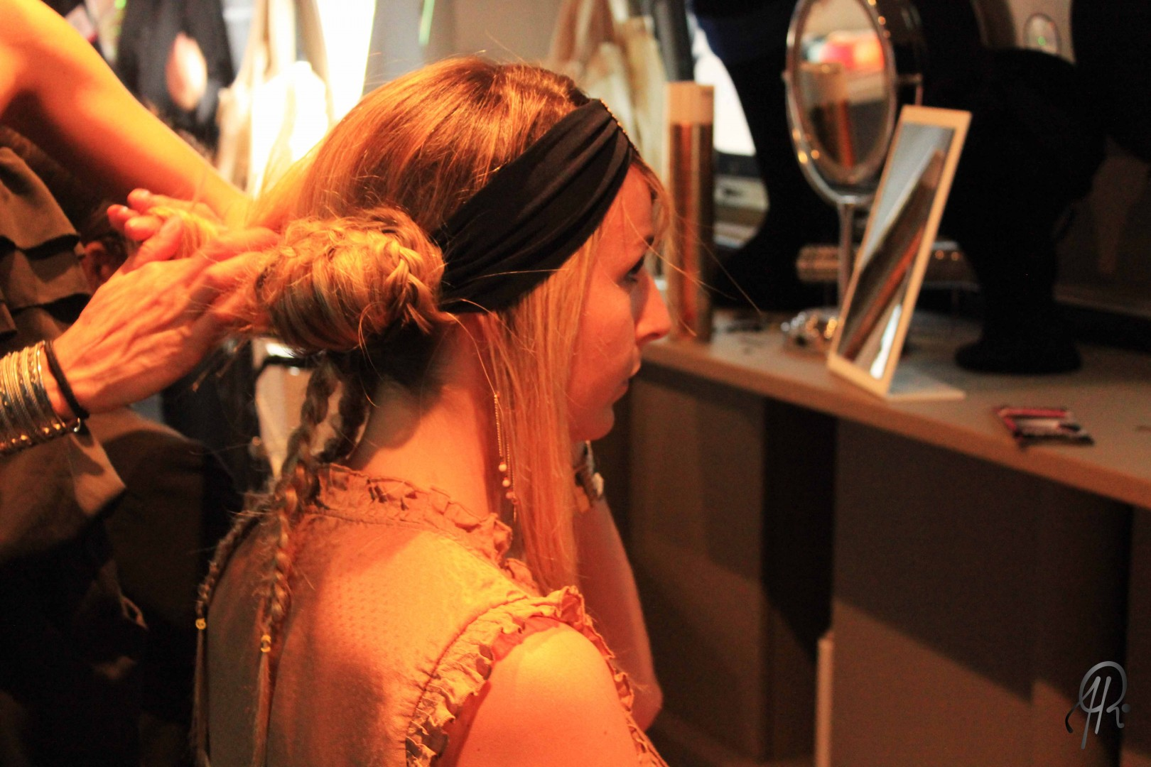 HairBar 5